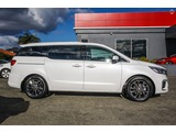 Kia Carnival New Cars at Phil Gilbert Kia Picture 4
